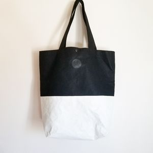 Lululemon Black and White Felt Tvek Tote